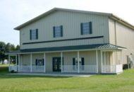 ¿Os podéis creer que esta bonita vivienda, es un hangar para guardar coches o avionetas?