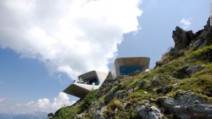Museo tallado en montaña Equipo Aparejador_05