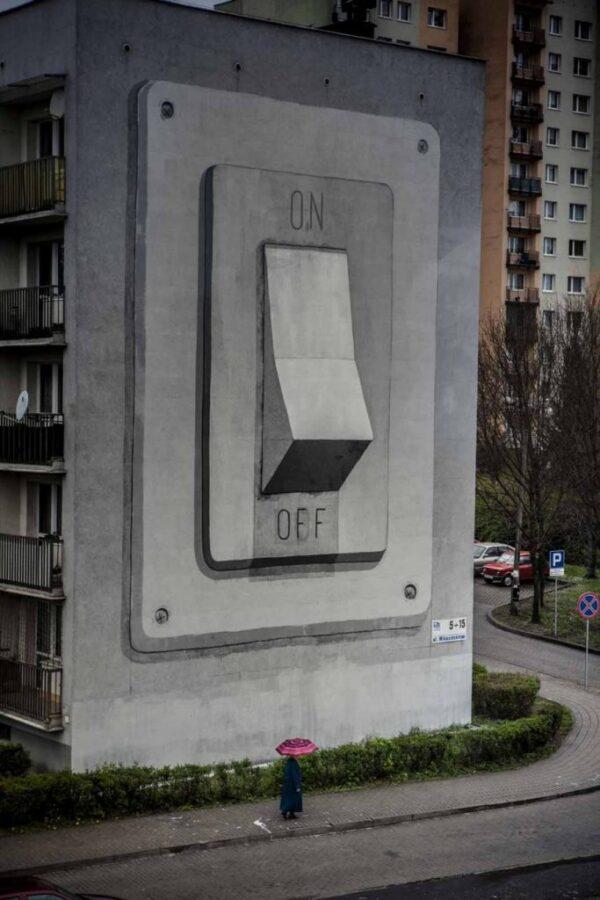 Este graffiti fue realizado por Escif, un artista de Valencia al que se conoce con el sobrenombre de «El Banksy valenciano».